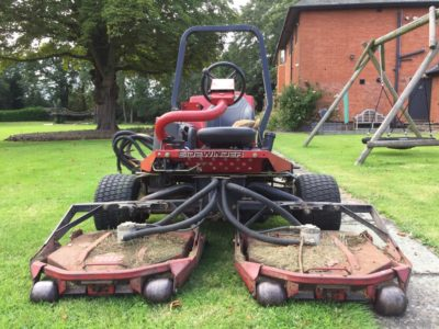 Toro Groundsmaster 3500D with Sidewinder